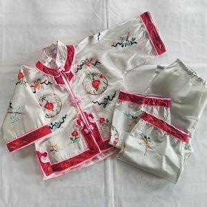 Girl's Traditional Chinese Silk Outfit SZ 4, 90s